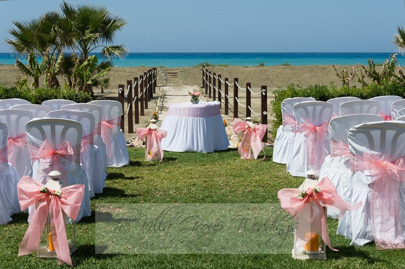 Your Beach Wedding Ceremony: The Villa Group Weddings