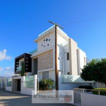 Luxury Beach Front Wedding Villa in Coral Bay, Paphos - sleeps 20