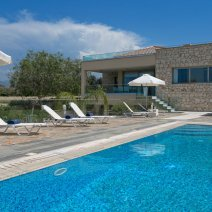 Villa  For Rent in Limni Ref.491599