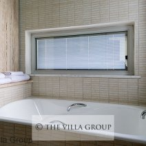 En-suite bathroom with bath and separate shower