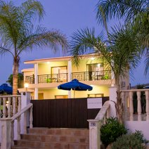 Villa  For Rent in Sea Caves Ref.381465