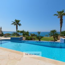 Mesmerising unobstructed views of the Mediterranean Sea