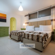 Lower ground floor twin bedroom