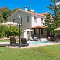 Villa  For Rent in Miliou Ref.384132