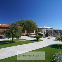 5 bedroom luxury holiday villa to rent in Kathikas, Paphos