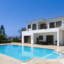 Villa  For Rent in Sea Caves Ref.408918