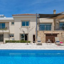 Villa  For Rent in Sea Caves Ref.489394