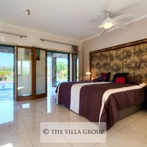 Double bedroom with access to the swimming pool terrace