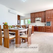 Spacious and modern open plan kitchen and dining area